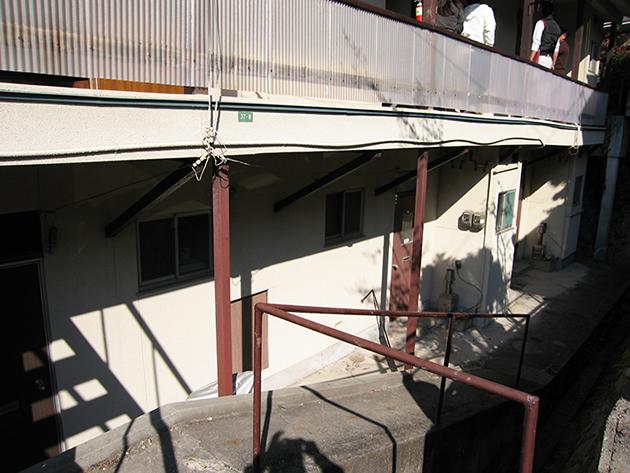 広島県安芸郡 木造2階建て共同住宅 (築41年)