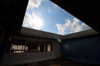 コンクリート 木 コンクリート木 平屋 コンクリート平屋 新築工事 住宅 中庭がある家 中庭 眺望 明度差空間