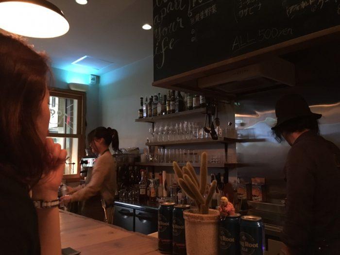 広島 コーヒーショップ 新天地 広島市内 カフェ お洒落 バーコーヒー コーヒー好き お洒落 カフェ ランチ ディナー 新天地 市内 ドライフラワー