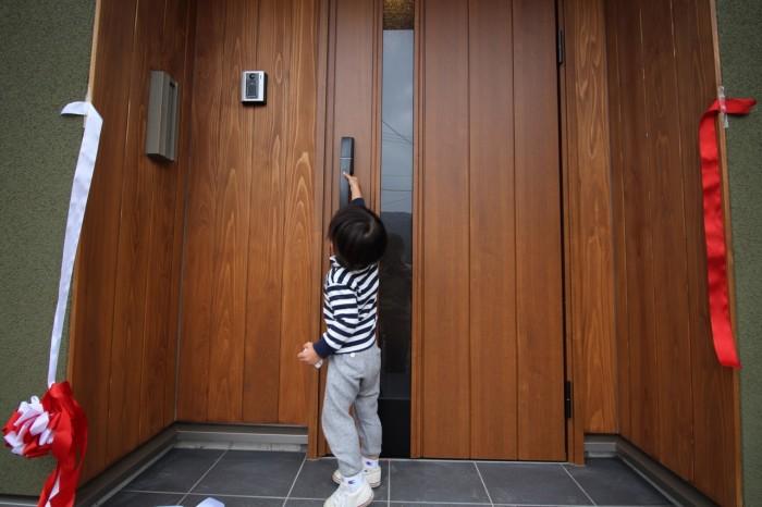 玄関 オープン