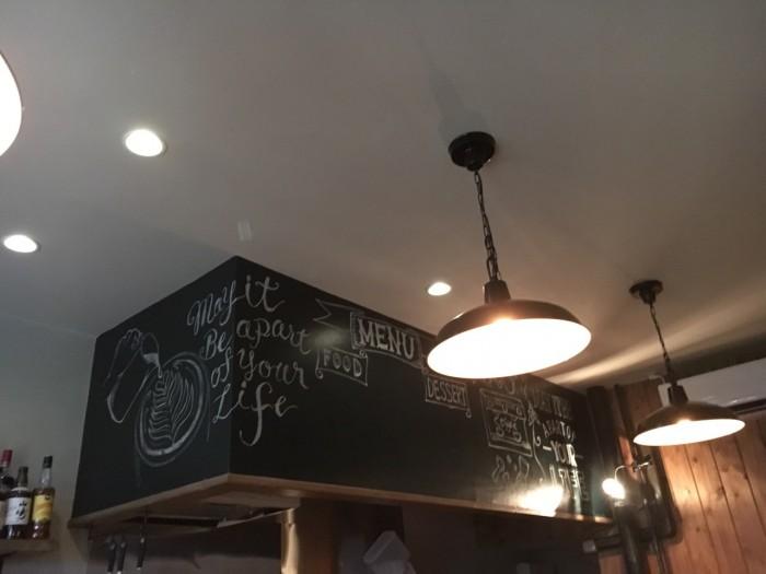 たれ壁 黒板アート